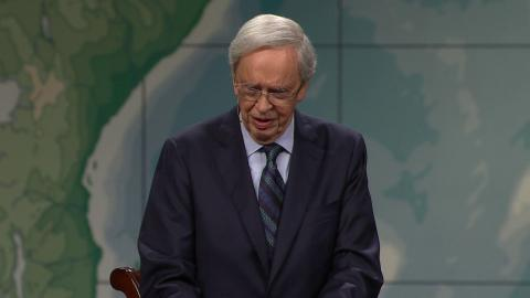 Living A Surrendered Life – Dr. Charles Stanley